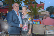 Oliver Feicht Sommerfest - Kolariks Luftburg - Do 27.08.2015 - Eva VORABERGER, Werner TOMANEK3