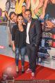 Fack ju Göthe 2 Kinopremiere - Cineplexx Donauplex - Di 08.09.2015 - Volker PIESCZEK, Alexandra WACHTER26