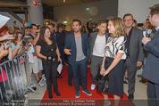 Fack ju Göthe 2 Kinopremiere - Cineplexx Donauplex - Di 08.09.2015 - Ankunft der Schauspieler, Elyas M�BAREK, Jella HAASE62
