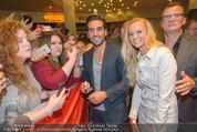 Fack ju Göthe 2 Kinopremiere - Cineplexx Donauplex - Di 08.09.2015 - Elyas M�BAREK, Sandra KINDERMANN86