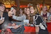 Fack ju Göthe 2 Kinopremiere - Cineplexx Donauplex - Di 08.09.2015 - Jella HAASE91