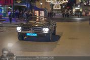 Andreas Gabalier Videodreh - Praterdome - Mi 09.09.2015 - Andreas GABALIER in altem Auto, Oldtimer, Cabrio17