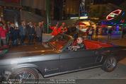 Andreas Gabalier Videodreh - Praterdome - Mi 09.09.2015 - Andreas GABALIER in altem Auto, Oldtimer, Cabrio19