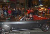 Andreas Gabalier Videodreh - Praterdome - Mi 09.09.2015 - Andreas GABALIER in altem Auto, Oldtimer, Cabrio20