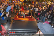 Andreas Gabalier Videodreh - Praterdome - Mi 09.09.2015 - Andreas GABALIER in altem Auto, Oldtimer, Cabrio22