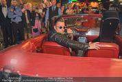 Andreas Gabalier Videodreh - Praterdome - Mi 09.09.2015 - Andreas GABALIER in altem Auto, Oldtimer, Cabrio23
