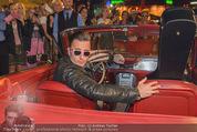 Andreas Gabalier Videodreh - Praterdome - Mi 09.09.2015 - Andreas GABALIER in altem Auto, Oldtimer, Cabrio24