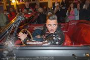 Andreas Gabalier Videodreh - Praterdome - Mi 09.09.2015 - Andreas GABALIER in altem Auto, Oldtimer, Cabrio30