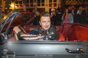 Andreas Gabalier Videodreh - Praterdome - Mi 09.09.2015 - Andreas GABALIER in altem Auto, Oldtimer, Cabrio31