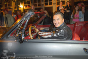 Andreas Gabalier Videodreh - Praterdome - Mi 09.09.2015 - Andreas GABALIER in altem Auto, Oldtimer, Cabrio32
