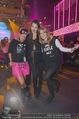 Andreas Gabalier Videodreh - Praterdome - Mi 09.09.2015 - Bianca HUMER (Visagistin), Rebecca RAPP, Sonja PL�CHL36