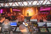 Andreas Gabalier Videodreh - Praterdome - Mi 09.09.2015 - Andreas GABALIER mit Publikum, Fans beim Videodreh68