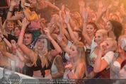 Andreas Gabalier Videodreh - Praterdome - Mi 09.09.2015 - Weibliche Fans, Publikum75