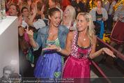 Andreas Gabalier Videodreh - Praterdome - Mi 09.09.2015 - Weibliche Fans, Publikum78