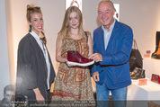 Humanic Lounge - Vienna Fashion Week - Mi 09.09.2015 - Daniela KRISPL(Humanic), Zoe STRAUB2