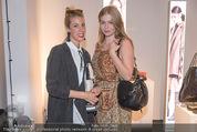 Humanic Lounge - Vienna Fashion Week - Mi 09.09.2015 - Daniela KRISPL(Humanic), Zoe STRAUB6