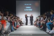 Vienna Fashion Week Finalshow - MQ Vienna Fashion Week Zelt - So 13.09.2015 - Emma LANFORD, Mario SOLDO105