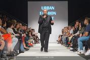 Vienna Fashion Week Finalshow - MQ Vienna Fashion Week Zelt - So 13.09.2015 - Mario SOLDO108
