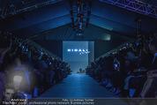 Vienna Fashion Week Finalshow - MQ Vienna Fashion Week Zelt - So 13.09.2015 - 110