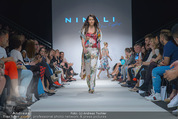 Vienna Fashion Week Finalshow - MQ Vienna Fashion Week Zelt - So 13.09.2015 - Sonja PL�CHL am Laufsteg, Modenschau f�r Ninali113