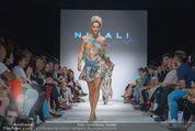 Vienna Fashion Week Finalshow - MQ Vienna Fashion Week Zelt - So 13.09.2015 - 116