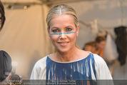 Vienna Fashion Week Finalshow - MQ Vienna Fashion Week Zelt - So 13.09.2015 - Evelyn RILLE13
