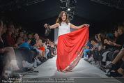Vienna Fashion Week Finalshow - MQ Vienna Fashion Week Zelt - So 13.09.2015 - Sasa SCHWARZJIRG am Laufsteg, Modenschau f�r Ninali (ohne Schuh141