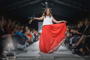 Vienna Fashion Week Finalshow - MQ Vienna Fashion Week Zelt - So 13.09.2015 - Sasa SCHWARZJIRG am Laufsteg, Modenschau f�r Ninali (ohne Schuh143