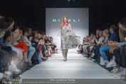 Vienna Fashion Week Finalshow - MQ Vienna Fashion Week Zelt - So 13.09.2015 - 146