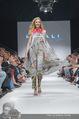 Vienna Fashion Week Finalshow - MQ Vienna Fashion Week Zelt - So 13.09.2015 - 147