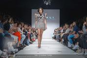 Vienna Fashion Week Finalshow - MQ Vienna Fashion Week Zelt - So 13.09.2015 - 152