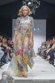 Vienna Fashion Week Finalshow - MQ Vienna Fashion Week Zelt - So 13.09.2015 - Missy MAY am Laufsteg, Modenschau f�r Ninali159