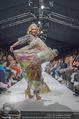 Vienna Fashion Week Finalshow - MQ Vienna Fashion Week Zelt - So 13.09.2015 - Missy MAY am Laufsteg, Modenschau f�r Ninali160