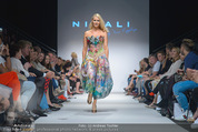 Vienna Fashion Week Finalshow - MQ Vienna Fashion Week Zelt - So 13.09.2015 - Kathi STEININGER am Laufsteg, Modenschau f�r Ninali163