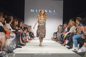 Vienna Fashion Week Finalshow - MQ Vienna Fashion Week Zelt - So 13.09.2015 - 180