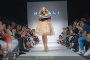Vienna Fashion Week Finalshow - MQ Vienna Fashion Week Zelt - So 13.09.2015 - Patricia KAISER am Laufsteg, Modenschau f�r Ninali183