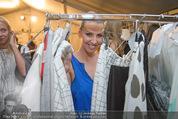 Vienna Fashion Week Finalshow - MQ Vienna Fashion Week Zelt - So 13.09.2015 - Cathy ZIMMERMANN3