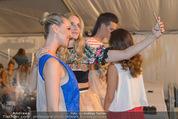 Vienna Fashion Week Finalshow - MQ Vienna Fashion Week Zelt - So 13.09.2015 - Cathy ZIMMERMANN, Patricia KAISER33
