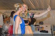 Vienna Fashion Week Finalshow - MQ Vienna Fashion Week Zelt - So 13.09.2015 - Cathy ZIMMERMANN, Patricia KAISER34