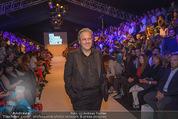 Vienna Fashion Week Finalshow - MQ Vienna Fashion Week Zelt - So 13.09.2015 - Mario SOLDO44