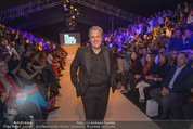 Vienna Fashion Week Finalshow - MQ Vienna Fashion Week Zelt - So 13.09.2015 - Mario SOLDO45