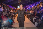 Vienna Fashion Week Finalshow - MQ Vienna Fashion Week Zelt - So 13.09.2015 - Mario SOLDO47
