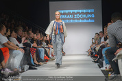 Vienna Fashion Week Finalshow - MQ Vienna Fashion Week Zelt - So 13.09.2015 - 48