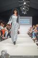 Vienna Fashion Week Finalshow - MQ Vienna Fashion Week Zelt - So 13.09.2015 - 50