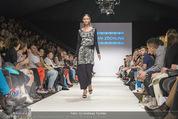 Vienna Fashion Week Finalshow - MQ Vienna Fashion Week Zelt - So 13.09.2015 - 58