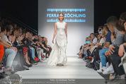 Vienna Fashion Week Finalshow - MQ Vienna Fashion Week Zelt - So 13.09.2015 - Modenschau Ferrari Z�CHLING62