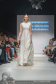Vienna Fashion Week Finalshow - MQ Vienna Fashion Week Zelt - So 13.09.2015 - 63