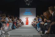 Vienna Fashion Week Finalshow - MQ Vienna Fashion Week Zelt - So 13.09.2015 - 68
