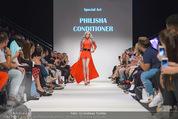 Vienna Fashion Week Finalshow - MQ Vienna Fashion Week Zelt - So 13.09.2015 - Philisha CONDITIONER70
