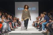 Vienna Fashion Week Finalshow - MQ Vienna Fashion Week Zelt - So 13.09.2015 - Modenschau Kenneth IZE76